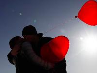 Целующиеся пары будут устанавливать в центре Запорожья рекорд