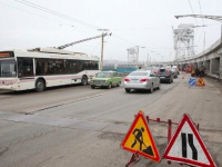 Грузовикам запретили движение по плотине ДнепроГЭС