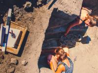 Запорожские археологи собирают деньги на экспедицию Мамай-горы: уникальный курган уходит под воду