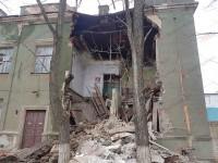 В Бердянске обрушилось здание «Азовкабеля» (Фото)