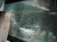 «Звук взрыва слышался в ушах»: На Бабурке пассажирский поезд забросали камнями