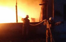 В Запорожской области горел склад топливных брикетов
