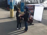 В центре Запорожья собирают подписи за отставку главного эколога области