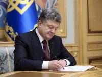 Президент наградил почётными званиями запорожских женщин