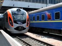С апреля снова подорожают билеты на поезда