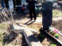 На кладбище в Запорожской области разрушили старинный казацкий крест