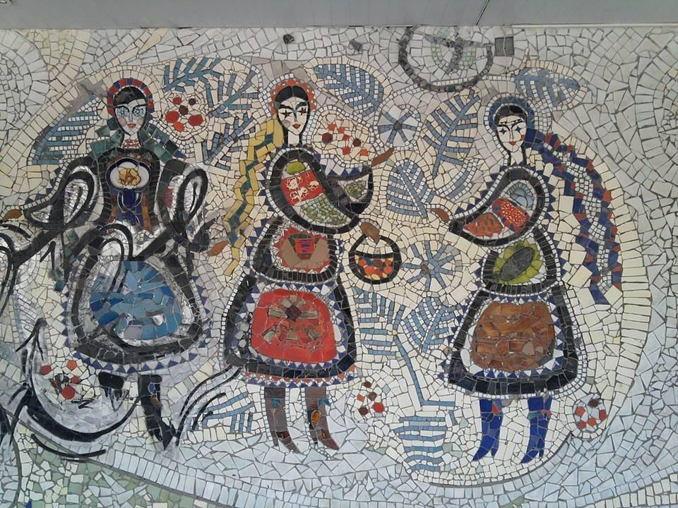 ukrainskaya-mozaika-kafe-snezhinka-foto-1