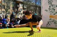 8-летний спортсмен попал в Книгу рекордов Украины, выполнив упражнение более сотни раз