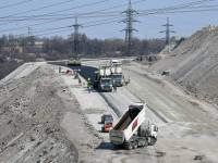 Скопление техники на отвалах: «Запорожсталь» строит новую дорогу (Фоторепортаж)