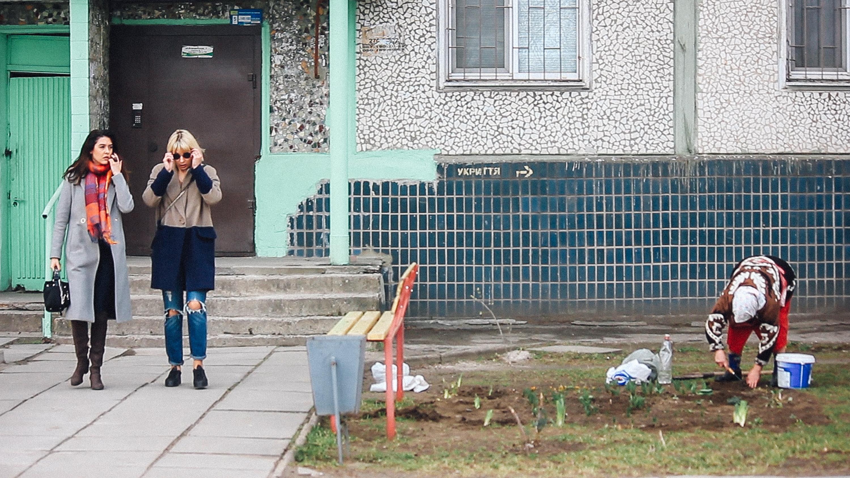"""""""Получается я самый настоящий попрошайка"""": как запорожанка помогает одиноким старикам (Фоторепортаж)"""