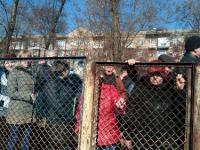 Члены запорожских ОСМД несколько суток дежурили под департаментом ЖКХ