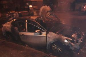 Ночью в Мелитополе дотла сгорела легковушка – в полиции завели дело