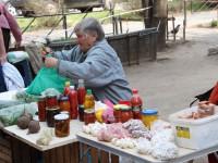 Борьба с ветряными мельницами: почему в Запорожье процветает стихийная торговля