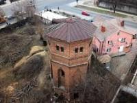 Старинная башня, рядом с которой собирались строить ТРЦ, получила охранный статус