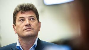 Запорожский мэр перенес операцию на сердце – источник