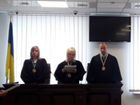 Двое судей заявили о самоотводе по делу Анисимова