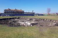В запорожском селе во время реконструкции стадиона нашли газовую скважину
