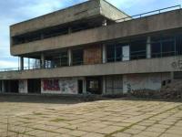 Кому принадлежит заброшенная «Россия» в центре Запорожья