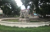 Полстолетия без ремонта: в Запорожье обновят памятник Дружбы и прилегающий сквер
