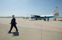 Порошенко летал во Львов на самолете «Мотор Сич» (Фото)