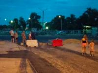 Жители Энергодара заблокировали новую дорогу, чтобы защитить