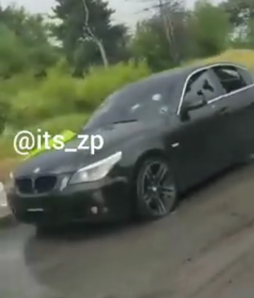 У въезда на остров Хортица обнаружили расстрелянный автомобиль (Видео)