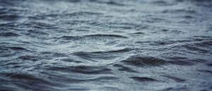 В Бердянске мужчину на надувном матрасе унесло в открытое море
