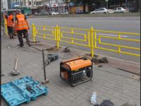 На Пушкина устанавливают забор  – устали бороться с автомобилистами