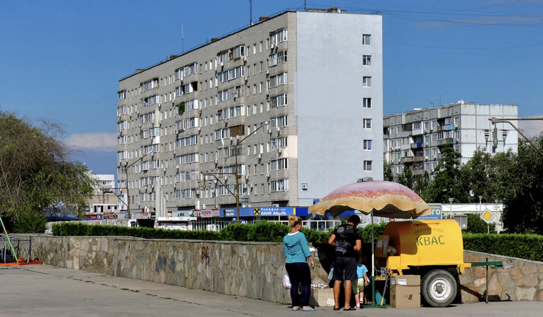 На стене девятиэтажки в Энергодаре нарисуют огромный мурал с атомной станицей