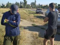 В День тишины задержали машину со стопками «черной» агитации против оппонентов (Видео)