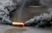 В Запорожье забросали дымовыми шашками избирательный участок (Обновлено)