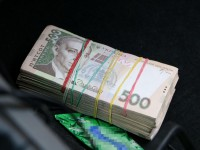 Сотрудники СБУ задержали на взятке в 10 000$ двух запорожских полицейских (Фото, Видео)