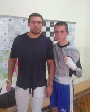Усик с Ломаченко поддержали бердянских спортсменов перед чемпионатом Европы