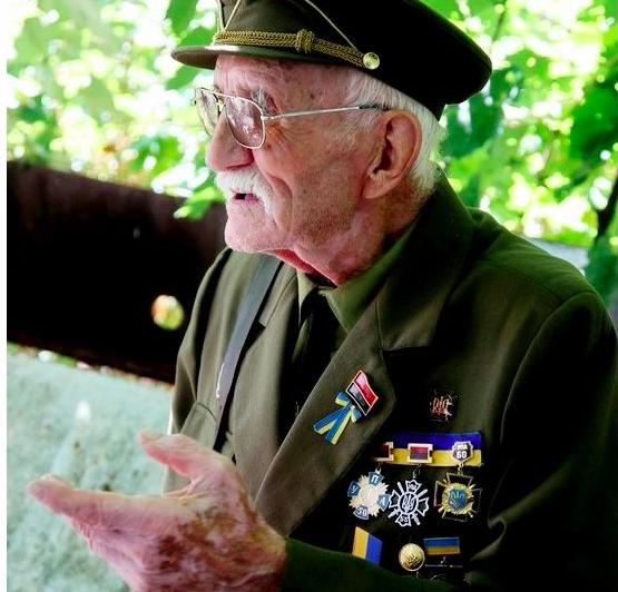 Прошел плен и пережил советскую власть: в Запорожской области умер 93-летний ветеран УПА