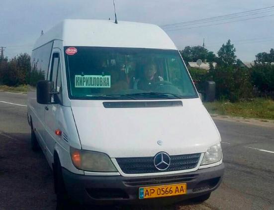Маршрутчики перевозили пассажиров в Кирилловку нелегально