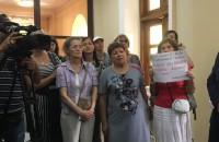 «Не кричите, а помогите нам»: запорожские чиновники говорят, что бессильны решить экологическую проблему