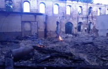 Еще тлеет: опубликованы фото старинного завода после пожара