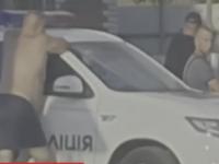 В Запорожской области пьяный полицейский сбил на «зебре» глухонемую женщину (Видео)