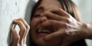 В спальном районе Запорожья на улице изнасиловали девушку