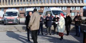 """Распиаренные запорожскими депутатами от БПП """"скорые"""" оказались переделанными грузовыми микроавтобусами"""