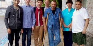 В Запорожье выпускники отказались от гуляний ради помощи раненым бойцам