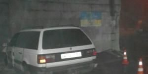 В Запорожье водитель легковушки протаранил опору моста
