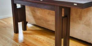 Раскладной стол – идеальное решение для маленькой квартиры