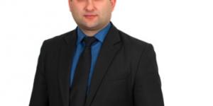 Забывчивый запорожский депутат, не указавший в декларации купленное авто, пытался избежать наказания