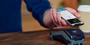 Запорожцы уже могут воспользоваться Apple Pay: как это работает