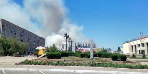 В Энергодаре спасатели тушат пожар в лесу более 4 часов