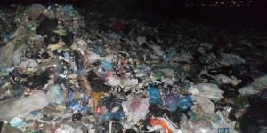 В Запорожской области выгрузили более 100 тонн львовского мусора (Фото)