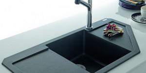 Угловая мойка – стильное дополнение к любой кухне и экономия полезного пространства