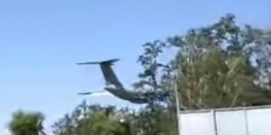 В Мелитополе объявили траур: над городом на минимальной высоте пронесся Ил-76