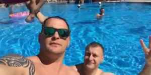 Запорожский депутат рассказал, почему променял сессию на аквапарк